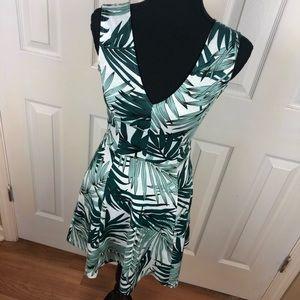 H&M Floral Hawaiian Dress XSmall